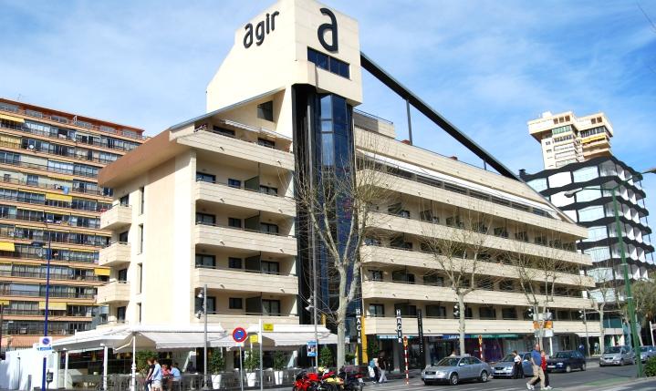 Fachada Hotel Agir