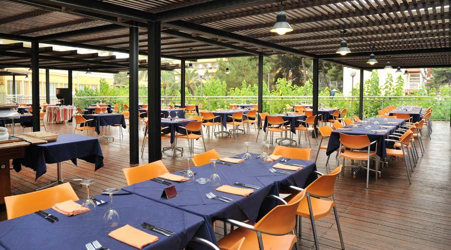 Alfresco summer hotel salou