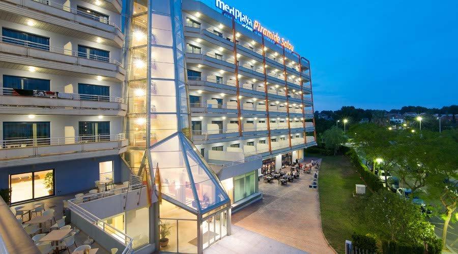 Hotel Pirámide